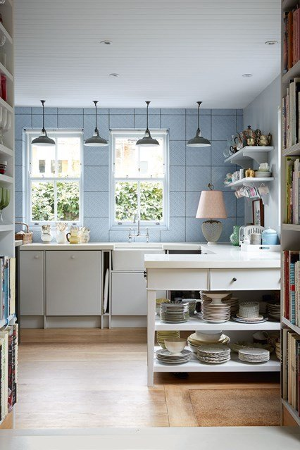 6 easy ways to make your small kitchen look bigger