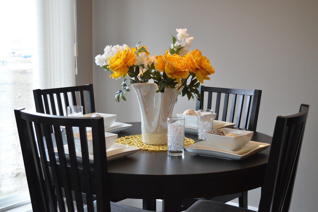 chiếc bàn ăn hoàn hảo cho gia đình của bạn