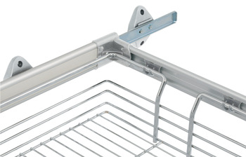 Trouser rack, with hanging basket, for pull-out frame system