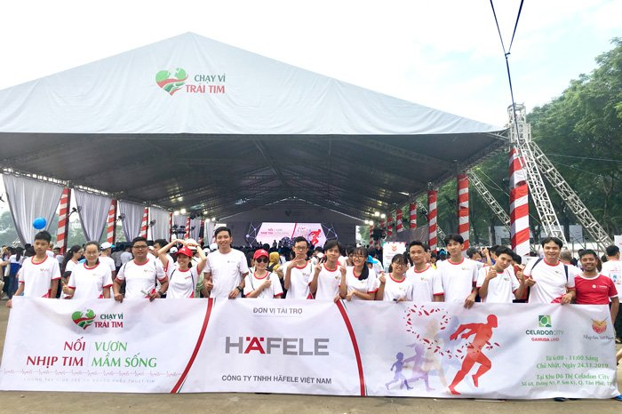 "This year Häfele employees have participated in the seventh Run For The Heart with the meaningful message ""Heart to Heart – Raise the Lives"""